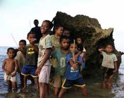 Children playing in East Timor - December 2008